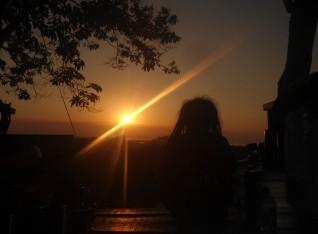 I Looking sunrise