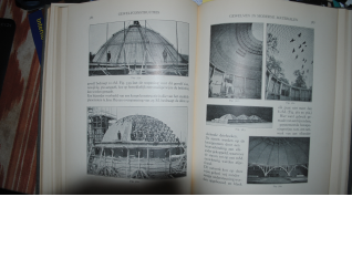 Another few pages of the Bouwkunde book
