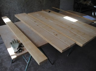 Scandinavian pinewood 38 mm by 28 cm thick
