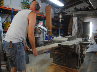 Planing the 6 cm planks