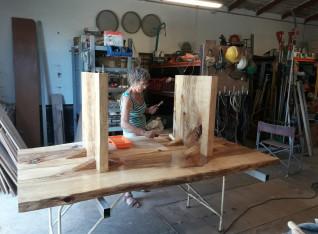 Varnishing the bottom side