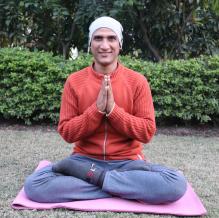Ravinder Yoga